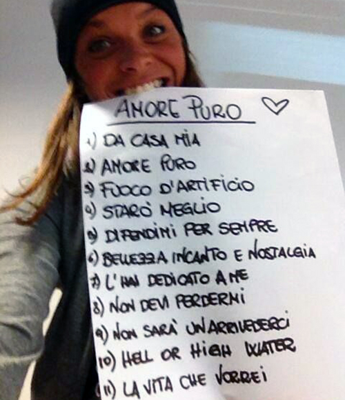 Alessandra Amoroso e la tracklist di Amore Puro senza il pezzo di Kekko Silvestre: Sanremo in vista?