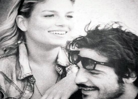 """Emma Marrone e Marco Bocci rispondono al gossip con un cinguettio: """"Vado ad aprire la botola!"""""""