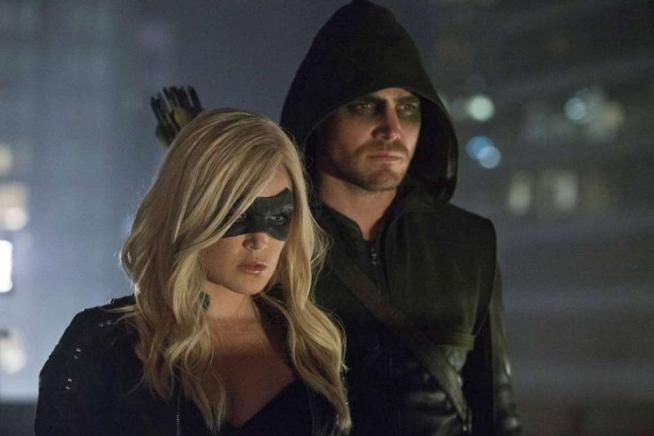 Arrow 2, in arrivo su Italia 1 dal 10 gennaio: ecco chi saranno i due supereroi al fianco di Oliver Queen