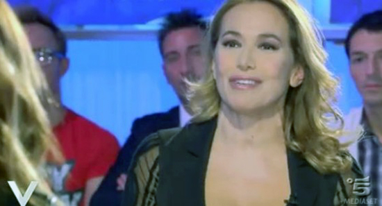 Verissimo: Barbara d'Urso replica a Stefano De Martino ma poi chiede la censura