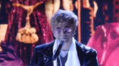 Crozza nel Paese delle Meraviglie, Maurizio Crozza è Elton John, nuovo testimonial Barilla – VIDEO