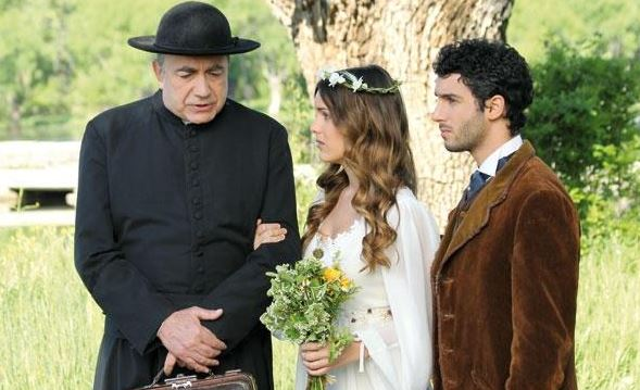Il Segreto anticipazioni, puntata 3 ottobre: Soledad e Juan finalmente sposi; Sebastian cede a Virtudes