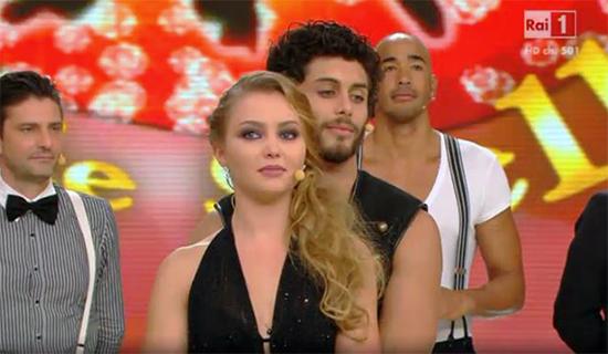 Ballando con le stelle 9, quarta puntata: eliminato Jesus Luz, ed è subito Anna Oxa Show