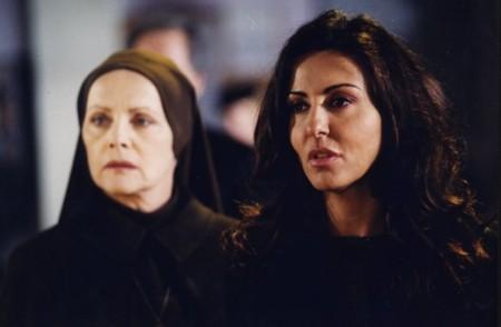 Le ali della vita, stasera su Canale 5 la replica con Sabrina Ferilli e Virna Lisi