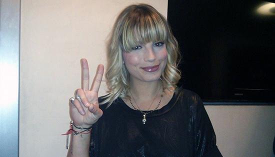Emma Marrone a Verissimo: la lunga intervista di una cantautrice che ci mette il nome e la faccia – VIDEO