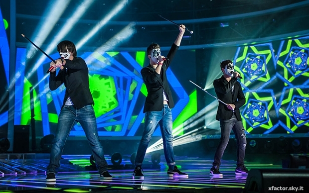 X Factor 7, seconda puntata: FreeBoys eliminati; Mr Rain & Osso rinunciano al talent, Roberta Pompa nuova concorrente