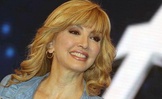 Tv Talk quinta puntata: Milly Carlucci tra gli ospiti. Dibattito su Miss Italia e la lite tra Stefania Nobile e Bruno Vespa