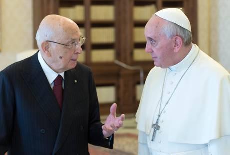 Papa Francesco al Quirinale, prima visita ufficiale: la diretta tv su RaiUno e TV2000