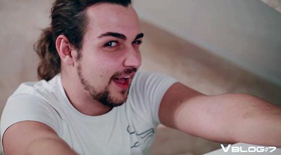 Valerio Scanu in studio di registrazione per il nuovo CD: il settimo VBlog ricco di sorprese – VIDEO