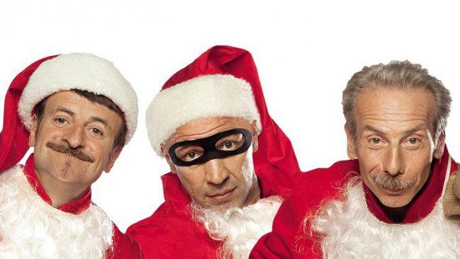 Film in Tv, La banda dei Babbi Natale, stasera alle 21.10 su Canale 5