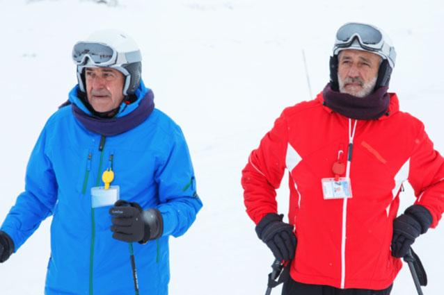 Un posto al sole coi fiocchi, il film tv della soap stasera su RaiTre: Enzo Decaro e Corrado Tedeschi guest star