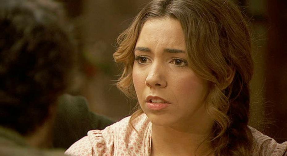Il Segreto anticipazioni, puntata 21 febbraio: Emilia e Alfonso annunciano il matrimonio