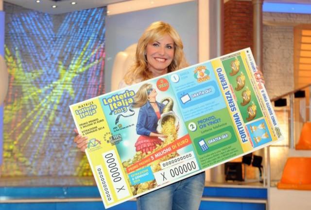Ascolti Tv, 6 gennaio 2014: Speciale Prova del cuoco, Lotteria Italia a 5 mln; VIP a 3 mln