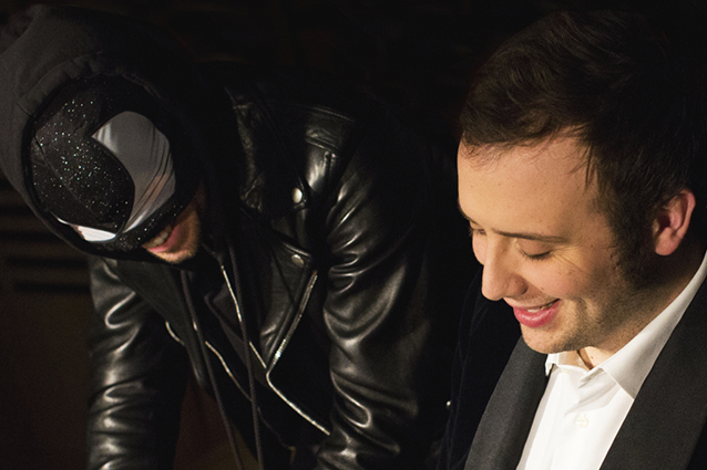 """Festival di Sanremo 2014, i Testi: Raphael Gualazzi e The Bloody Beetroots con """"Liberi o no"""" e """"Tanto ci sei"""""""