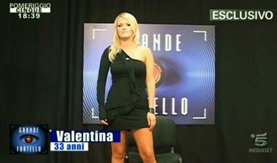 Grande Fratello 13 anticipazioni: Valentina Acciardi, la ragazza senza un braccio è la prima concorrente ufficiale