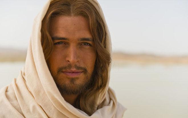 La Bibbia, da stasera su Rete 4 la prima puntata: curiosità, numeri, trama