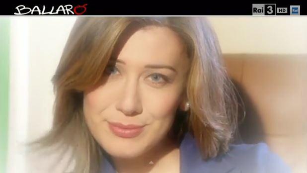Ballarò, la copertina di Virginia Raffaele nei panni del Ministro Maria Elena Boschi – VIDEO
