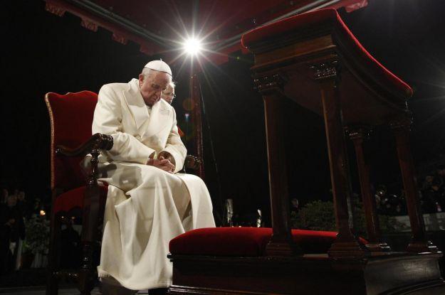Pasqua 2014, programmazione RaiUno oggi 18 aprile: Via Crucis in diretta con Papa Francesco