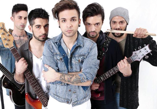 Da Amici a Dear Jack: oggi 15 novembre su Canale 5 dalle 14.10 lo speciale sulla band di Alessio Bernabei
