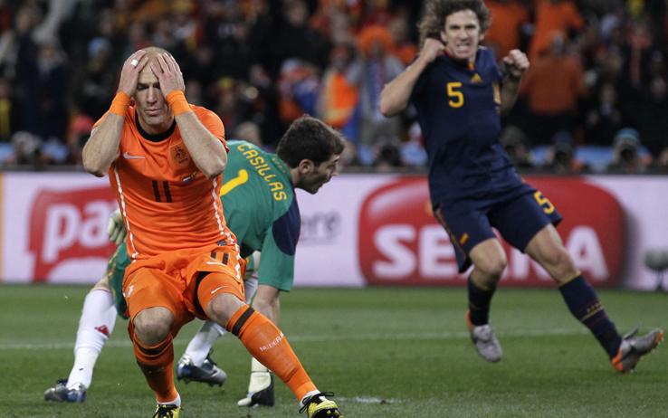 Ascolti Tv, 13 giugno 2014: Spagna-Olanda a 8,3 mln; Segreti e Delitti a 1,8 mln