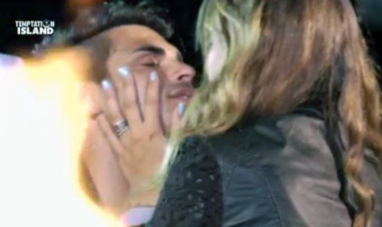 Temptation Island, Tara Gabrieletto e Cristian Gallella escono dal programma per diventare marito e moglie