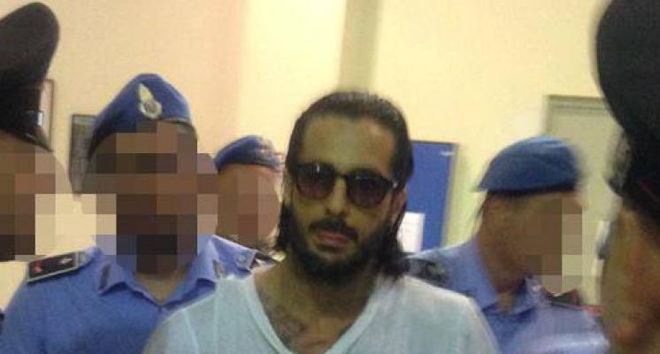 Fabrizio Corona e la lettera dal carcere: a chiedere la grazia anche Mara Venier, Brumotti, Sgarbi e Brachino