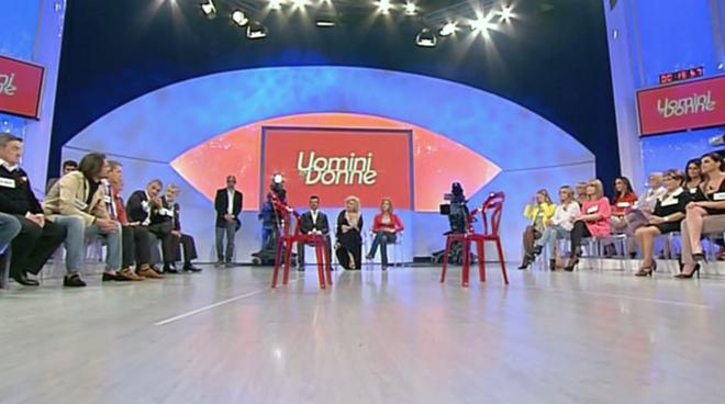 Uomini e Donne anticipazioni: ecco i nomi dei possibili tronisti della stagione 2014-15