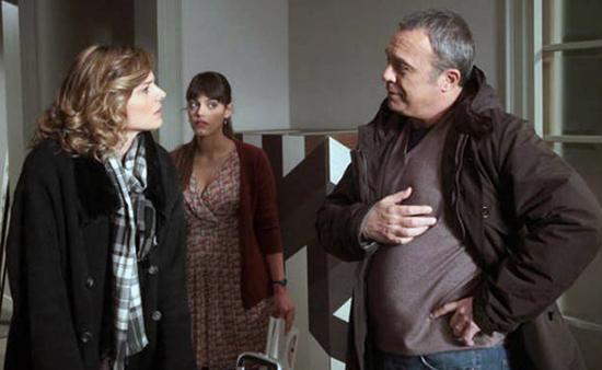 I Cesaroni 6, anticipazioni domenica 28 settembre 2014: Nina è figlia di Giulio, l'oste glielo dirà?