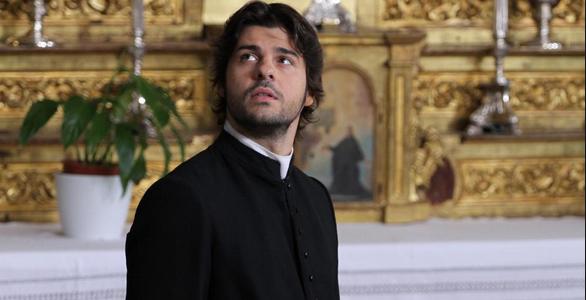 Ascolti Tv, 14 settembre 2014: Il Segreto vince con 3,8 mln; Il Restauratore 2 a 3,6 mln