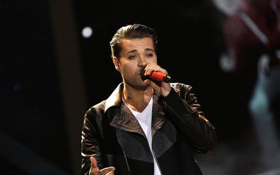 X Factor 8, primo live show: eliminato Diluvio, Arisa commenta su Facebook