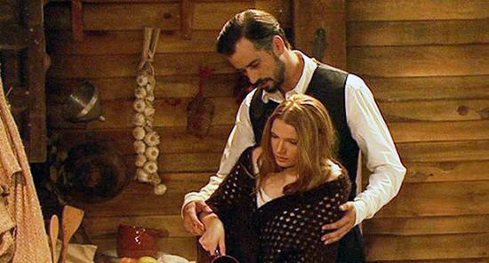 Il Segreto, anticipazioni puntata serale oggi 10 ottobre 2014: Olmo regala un vestito a Pia
