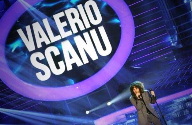 """Valerio Scanu, il successo a Tale e Quale Show e Raffaella Fico: """"Voglio vincere"""""""