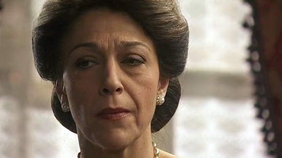 Anticipazioni Il Segreto, 11 novembre 2014: Donna Francisca vuole uccidere Raimundo