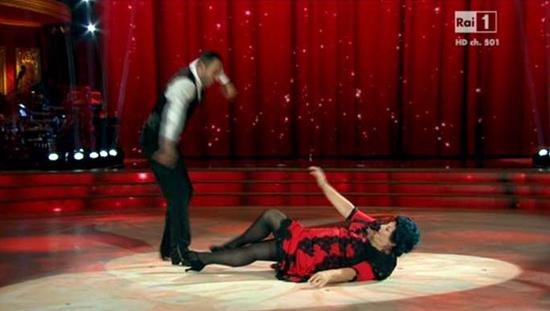Ballando con le stelle 2014 e la polemica di Marisa Laurito: 'Sono una artista ed ho perso 8 chili!'