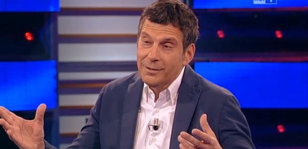 Tv Talk, puntata 17 gennaio: le dimissioni di Napolitano, Fabrizio Frizzi ed il Festival di Sanremo