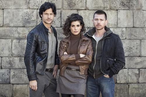 Anticipazioni Il Bosco, prima puntata 20 febbraio con Giulia Michelini e Claudio Gioè: replica streaming