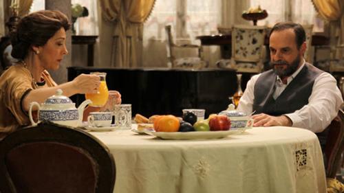 Anticipazioni Il Segreto, puntata serale 15 febbraio: Raimundo incastra Donna Francisca? Replica streaming