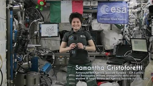Sanremo 2015: Samantha Cristoforetti in diretta dallo spazio? No, era tutto registrato – VIDEO