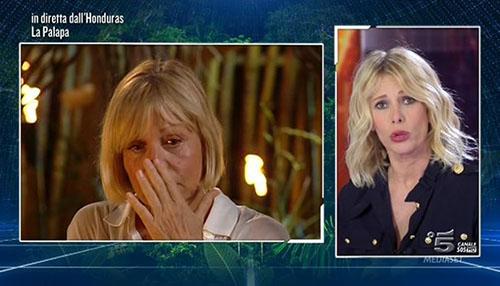 Isola dei Famosi 2015 rischia limitazioni dopo la tragedia in Argentina? Le parole del Codacons e Catherine Spaak