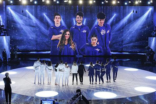 Ascolti Tv, 11 aprile 2015: primo serale di Amici 2015 a 5,5 mln; Senza Parole a 3,5 mln