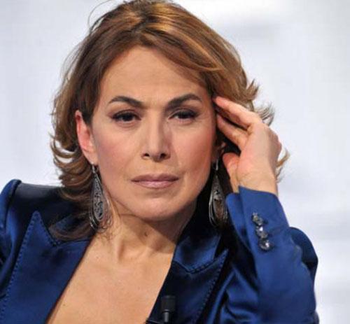 Barbara d'Urso replica dopo la denuncia dell'ex marito: Selvaggia Lucarelli la difende