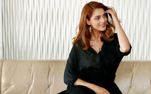 Miriam Leone e il successo tv: dalla fiction Rai La Dama Velata a 1992 su Sky