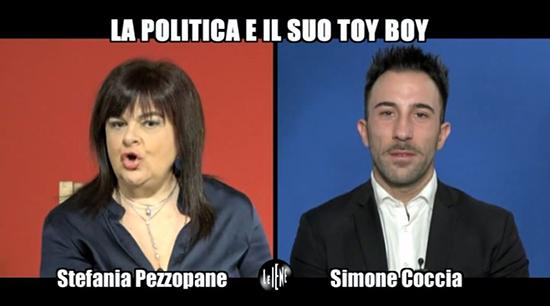 Le Iene, la doppia intervista a Stefania Pezzopane e il toyboy Simone Coccia: 'A letto lei è senza limiti!' – VIDEO
