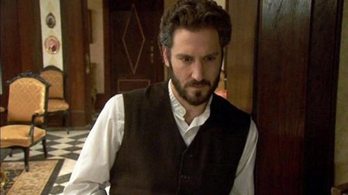 Anticipazioni Il Segreto, puntata serale 10 maggio 2015: Tristan non crede a Candela e Aurora, replica streaming
