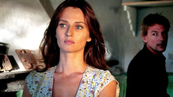 Anticipazioni Le tre rose di Eva 3, settima puntata dell'1 maggio: trama e replica streaming