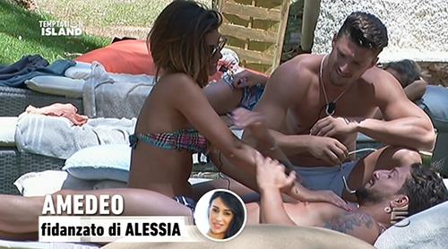 Temptation Island 2015 riassunto del 14 luglio: 'ormonella impazzita' per Mauro, Amedeo ed Emanuele