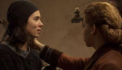 Anticipazioni Il Segreto, puntata serale 11 settembre 2015: Maria nella mani di Francisca, replica streaming