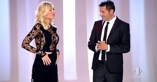 Ilary Blasi per la terza volta incinta: l'annuncio in diretta tv a Le Iene – VIDEO