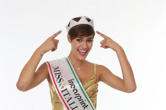 Miss Italia 2015, la gaffe diventa virale: ecco le migliori parodie del web – VIDEO