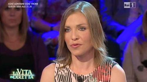 Loredana Errore a La Vita in Diretta: 'Ho improntato la mia vita sulla fede', per lei Sanremo 2016?